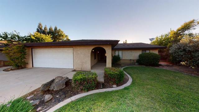 2224 Holt, Sanger, CA 93657 (#544511) :: Raymer Realty Group