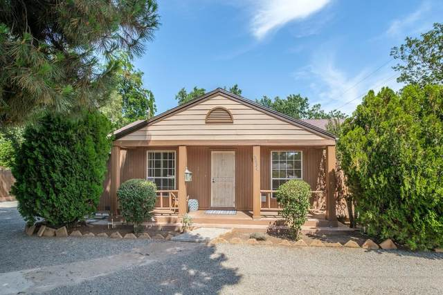 3820 N Wishon Avenue, Fresno, CA 93704 (#544516) :: FresYes Realty