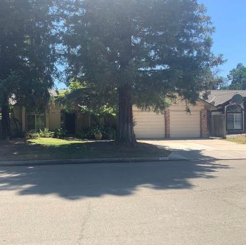 1577 E Trenton Avenue, Fresno, CA 93720 (#544537) :: Raymer Realty Group