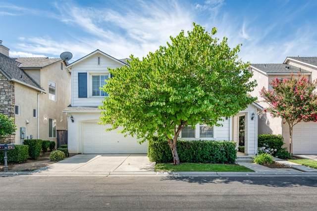 44 W Scandia Lane, Clovis, CA 93619 (#544587) :: Your Fresno Realty | RE/MAX Gold