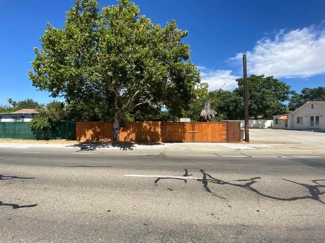 7078 N Ingram Avenue, Pinedale, CA 93650 (#544683) :: FresYes Realty