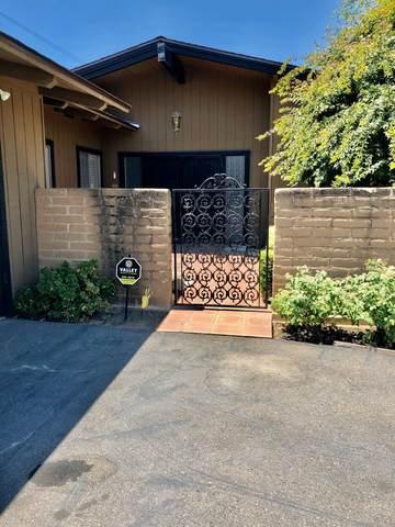 1094 S Sunnyside Avenue, Fresno, CA 93727 (#545027) :: FresYes Realty