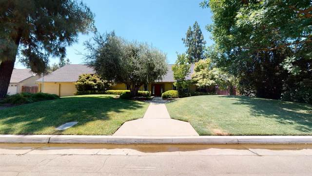6467 N Lead Avenue, Fresno, CA 93711 (#545612) :: Raymer Realty Group