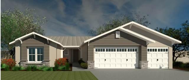 2190 Silverbrooke Avenue, Kingsburg, CA 93631 (#545660) :: FresYes Realty