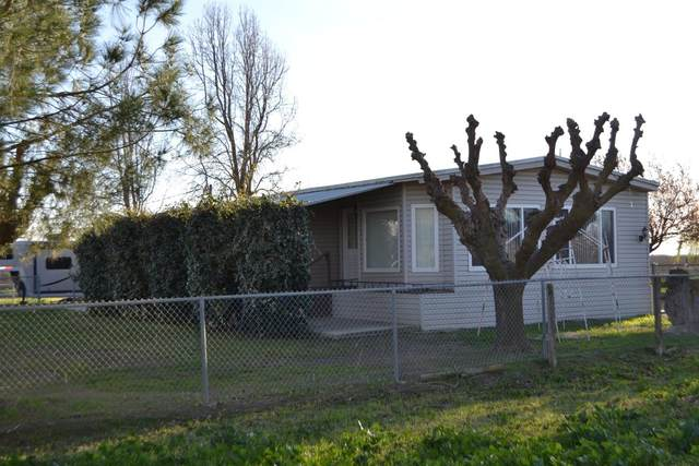 4441 N San Diego Avenue, Firebaugh, CA 93622 (#545683) :: Raymer Realty Group