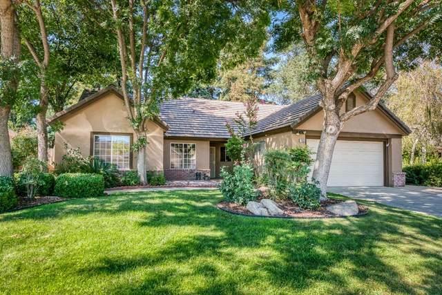 2052 E Cromwell Avenue, Fresno, CA 93720 (#545883) :: Dehlan Group