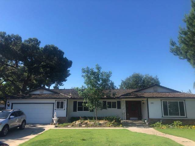 2043 W Vartikian Avenue, Fresno, CA 93711 (#545891) :: Dehlan Group