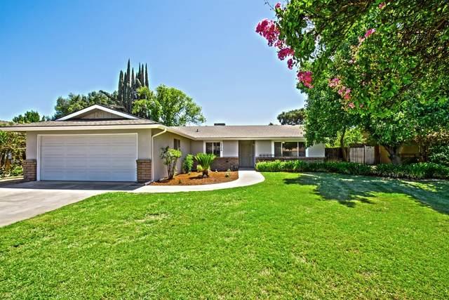 5268 E Inyo Street, Fresno, CA 93727 (#545962) :: Dehlan Group