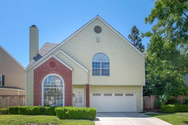 1044 E Monticello Circle, Fresno, CA 93720 (#545971) :: Realty Concepts