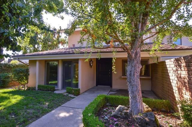 7395 N Laguna Vista Avenue, Fresno, CA 93711 (#546016) :: FresYes Realty