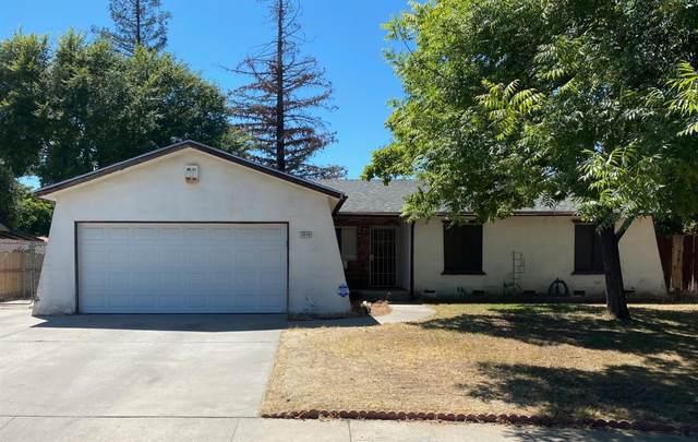 2216 E Acacia Avenue, Clovis, CA 93612 (#546186) :: FresYes Realty