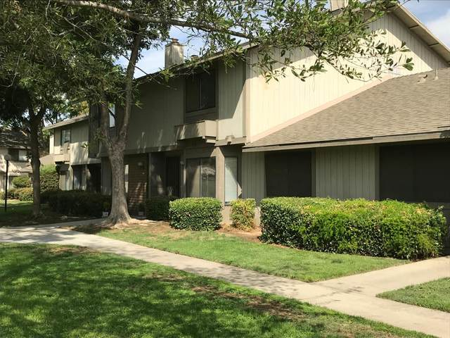 4747 N Woodrow Avenue #155, Fresno, CA 93726 (#546208) :: FresYes Realty