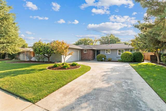 3620 N Angus Street, Fresno, CA 93726 (#547328) :: Raymer Realty Group