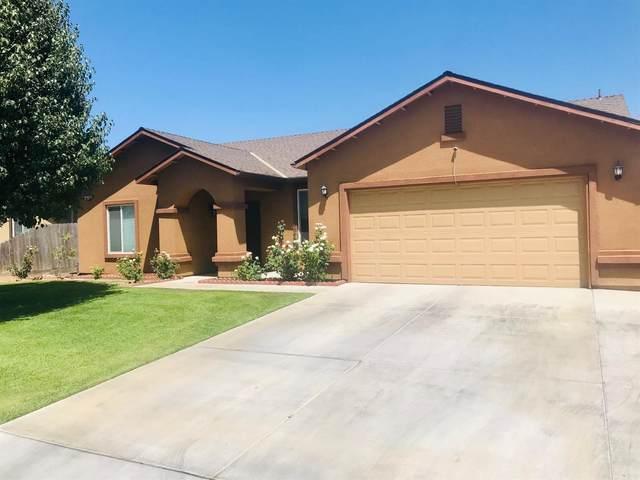 1353 San Antonio, Dinuba, CA 93618 (#547366) :: FresYes Realty
