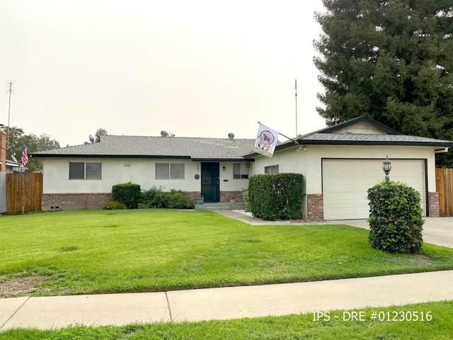 4428 N Garden Avenue, Fresno, CA 93726 (#547490) :: FresYes Realty