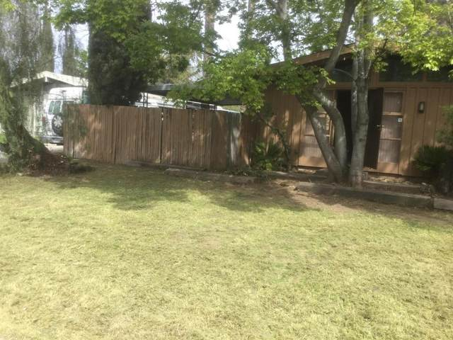 3964 N Drexel Avenue, Fresno, CA 93726 (#547557) :: FresYes Realty