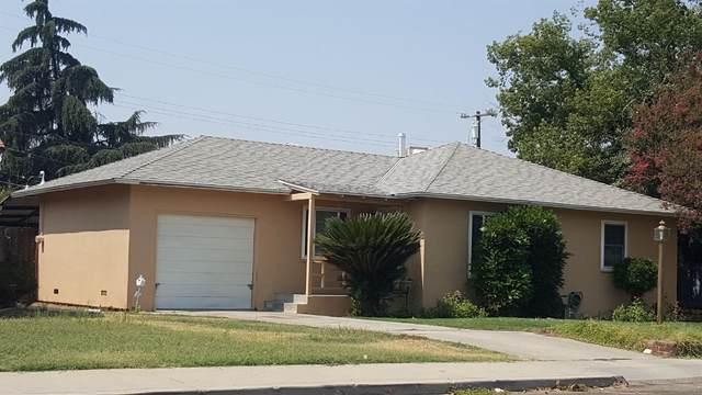 2171 Mayfair Drive E, Fresno, CA 93703 (#547590) :: FresYes Realty