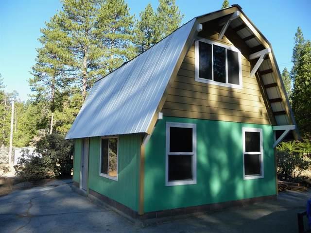 42421 Cedar Springs Road, Auberry, CA 93602 (#547615) :: Dehlan Group