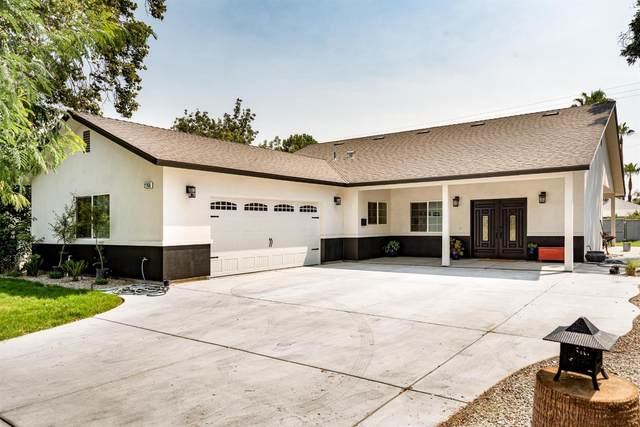 2756 E Weldon Avenue, Fresno, CA 93703 (#547714) :: FresYes Realty