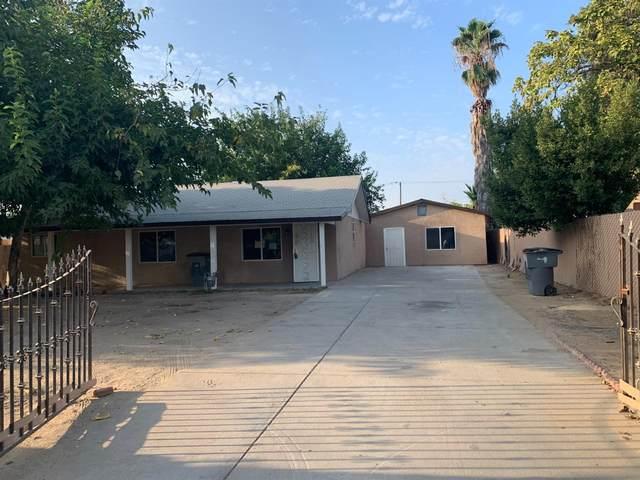 4433 E Pine Avenue, Fresno, CA 93703 (#547737) :: Dehlan Group