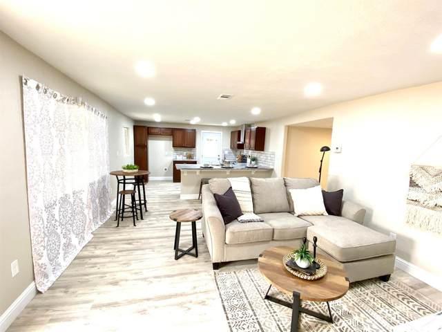 4436 N Arthur Avenue, Fresno, CA 93705 (#548005) :: Realty Concepts