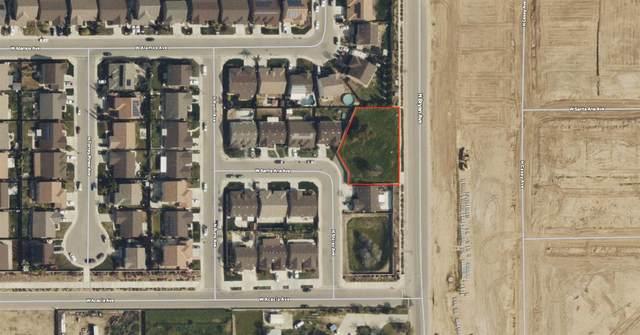 4705 N Bryan Avenue, Fresno, CA 93723 (#548038) :: Raymer Realty Group