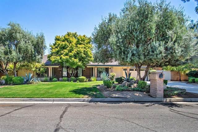 1861 S Waverly Lane, Fresno, CA 93727 (#548122) :: Dehlan Group