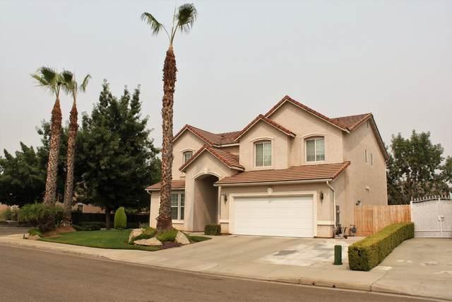 2723 Finchwood Avenue, Clovis, CA 93611 (#548179) :: FresYes Realty