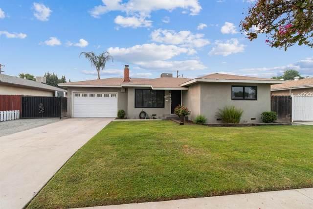 4422 E Ashcroft Avenue N, Fresno, CA 93726 (#548195) :: FresYes Realty