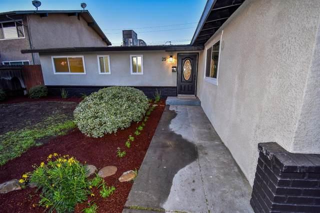 25 Pico Avenue, Clovis, CA 93612 (#548204) :: FresYes Realty