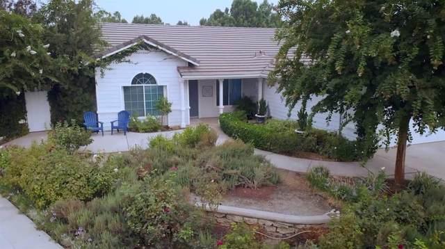 2746 Beverly, Clovis, CA 93611 (#548247) :: FresYes Realty
