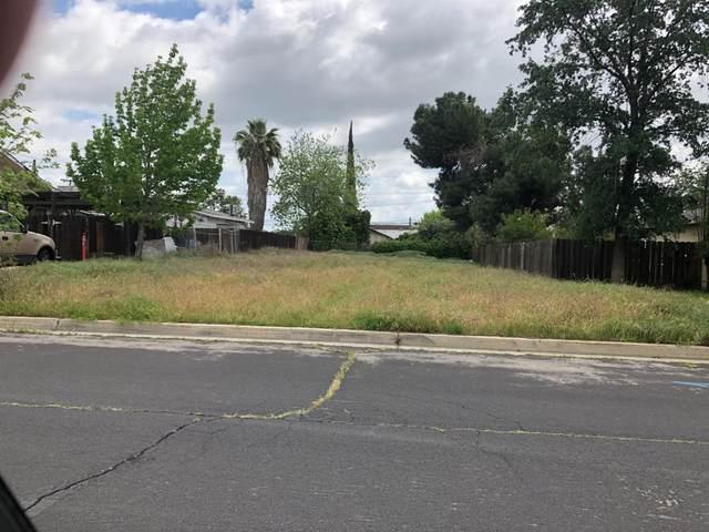 117 Acacia Avenue, Clovis, CA 93612 (#548253) :: FresYes Realty