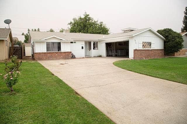 1813 3Rd Street, Sanger, CA 93657 (#548260) :: FresYes Realty