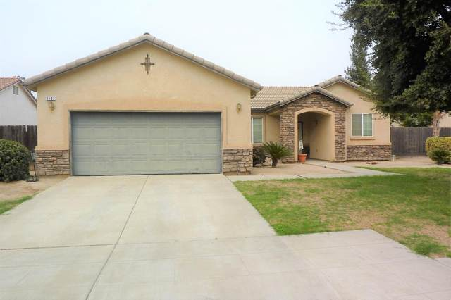 1122 W Jameson Avenue, Fowler, CA 93625 (#548353) :: Raymer Realty Group