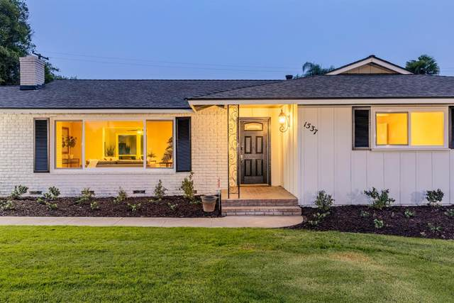 1537 W Robinwood, Fresno, CA 93711 (#548392) :: Realty Concepts