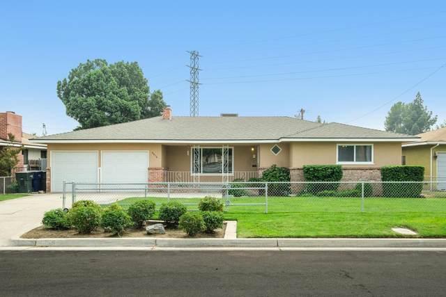 4656 E Cambridge Avenue, Fresno, CA 93703 (#548463) :: Raymer Realty Group