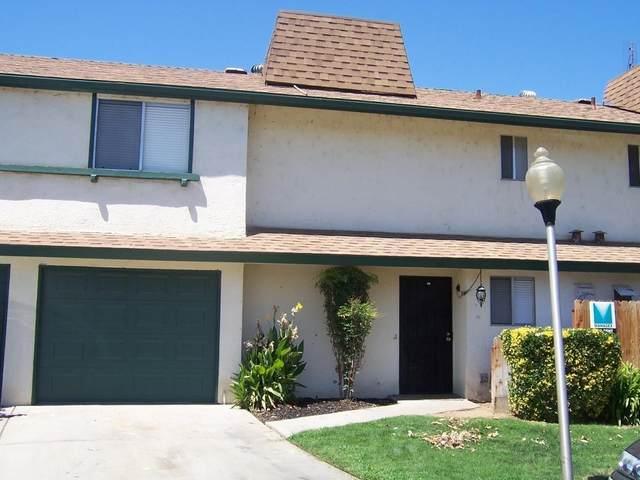 4811 N Winery Circle #120, Fresno, CA 93726 (#548529) :: Raymer Realty Group