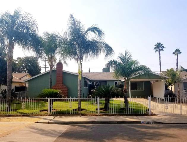 1807 3Rd Street, Sanger, CA 93657 (#548656) :: Raymer Realty Group