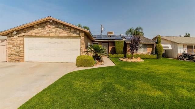 3905 E Hampton Way, Fresno, CA 93726 (#548671) :: Raymer Realty Group