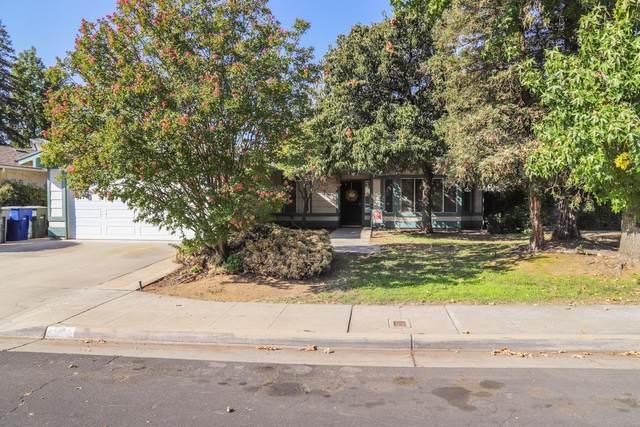 1125 Burlingame Avenue, Clovis, CA 93612 (#548685) :: Realty Concepts