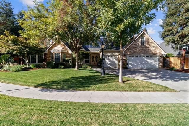 371 W Warwick Avenue, Clovis, CA 93619 (#548790) :: FresYes Realty