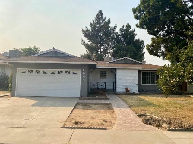 2844 E Santa Ana Avenue, Fresno, CA 93726 (#548802) :: Raymer Realty Group