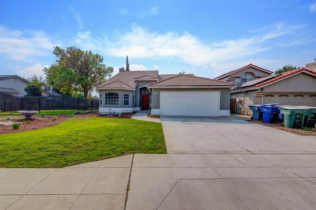 872 Fedora Avenue, Clovis, CA 93612 (#548822) :: Raymer Realty Group
