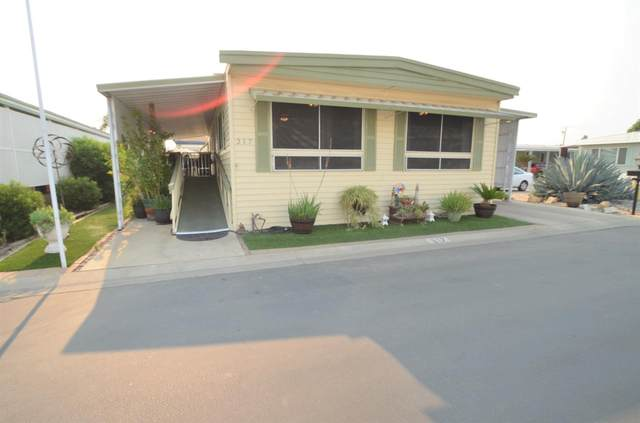 1001 Sylmar Avenue #217, Clovis, CA 93612 (#548853) :: Raymer Realty Group