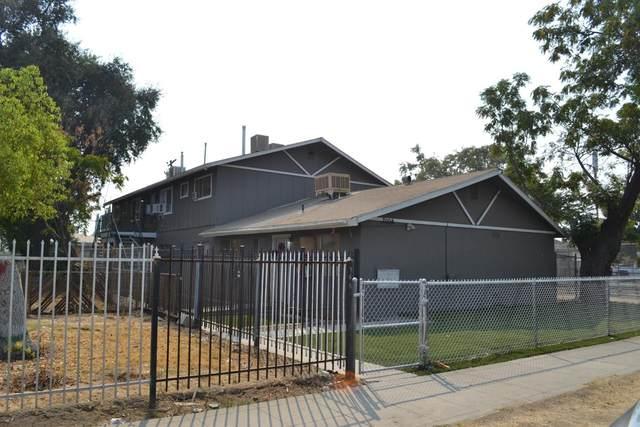 2004 E White Avenue E, Fresno, CA 93701 (#549106) :: Dehlan Group