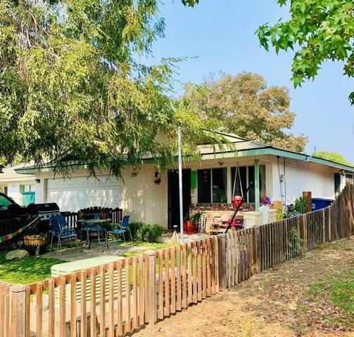 625 Deerwood Drive, Madera, CA 93637 (#549117) :: FresYes Realty