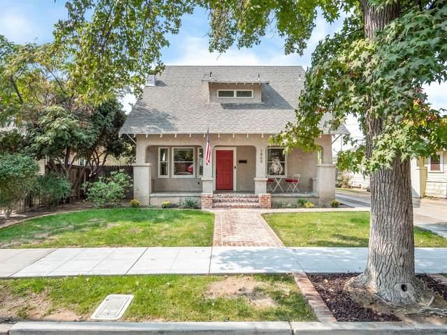 1469 N College Avenue, Fresno, CA 93728 (#549186) :: Dehlan Group