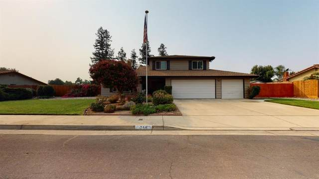 256 W Ellery Avenue, Clovis, CA 93612 (#549189) :: Dehlan Group