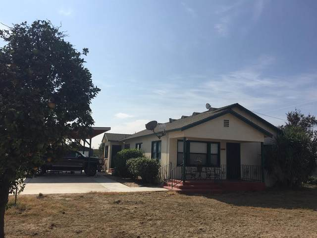 12015 E Rose Avenue, Selma, CA 93662 (#549558) :: Raymer Realty Group
