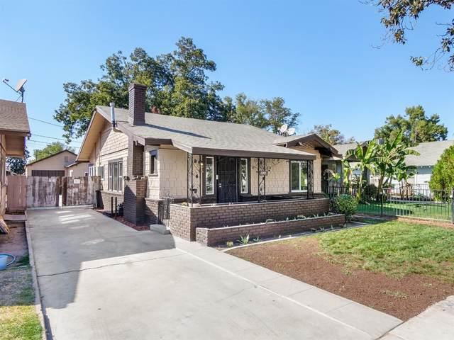 1547 N Calaveras Street, Fresno, CA 93728 (#549615) :: FresYes Realty